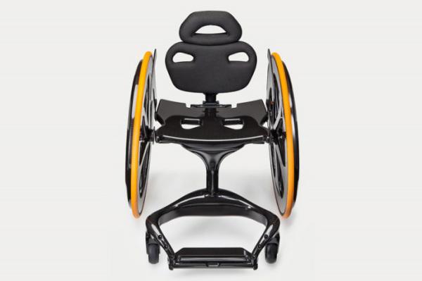 andrew-slorance-carbon-black-carbon-fiber-wheelchair-designb
