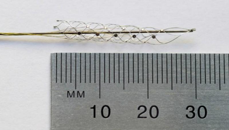 Устройство, получившее название стентрод, пережило сотни конструктивных изменений прежде, чем все требования оказались удовлетворены (фото University of Melbourne).