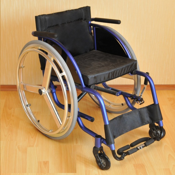 Полезные советы и рекомендации по эксплуатации и уходу за инвалидными колясками