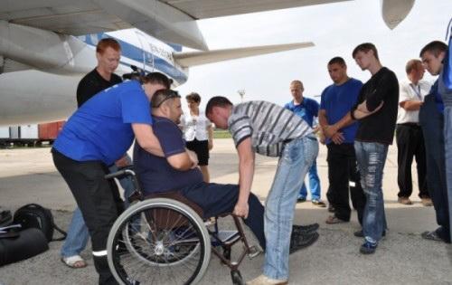 <!--:ru-->Как правильно помочь инвалидам-пассажирам?<!--:-->