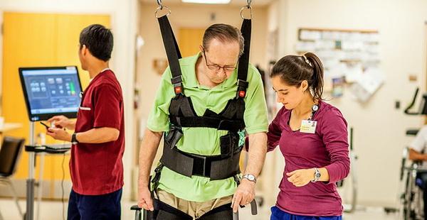 В США разработали новую роботизированную систему поддержки для реабилитации пациентов с травмами спинного мозга