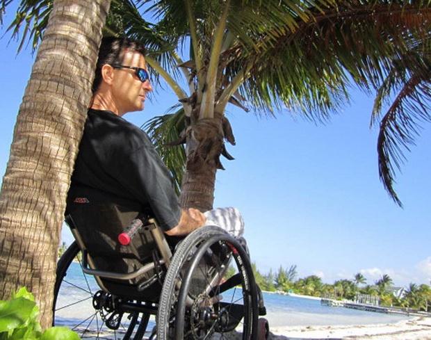 Туристическое агентство WELLNESS TRAVEL, предлагает для людей передвигающихся на инвалидных колясках, ЭКСКУРСИОННЫЙ ТУР С ОТДЫХОМ НА МОРЕ В ГРЕЦИИ «ПО СЛЕДАМ АЛЕКСАНДРА МАКЕДОНСКОГО»