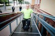Мобильные экспресс-пандусы для инвалидов-колясочников разработаны в Кемерово