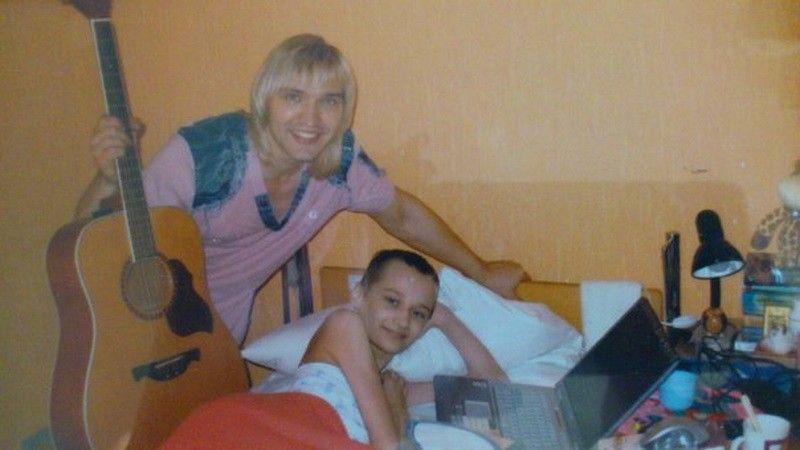 С Петром Елфимовым пели песни в хосписе (2008 год)