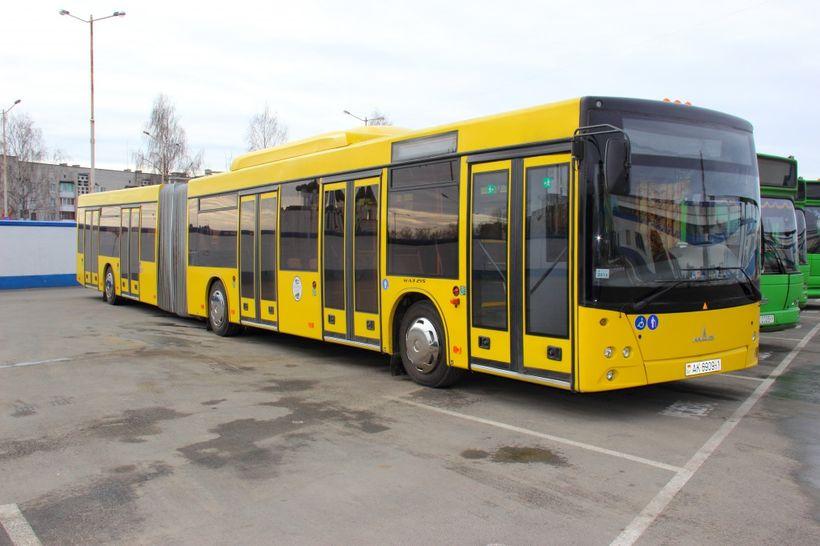 Рейсы для инвалидов-колясочников появились в расписании Барановичского автопарка