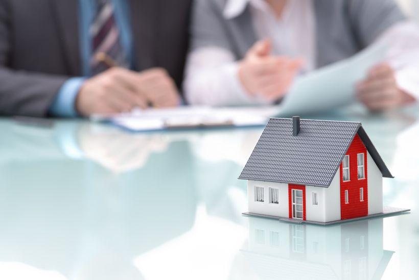 Девятнадцать категорий граждан, не приватизировавших жилье, смогут не платить за аренду