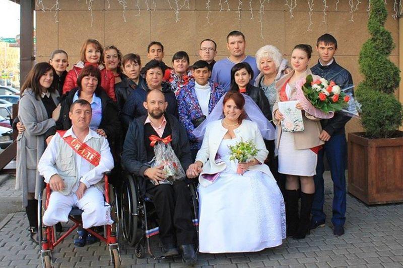 Инвалиды - колясочники стали счастливыми молодоженами. История Саши и Тани Костенко заставит вас ценить жизнь