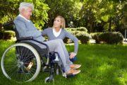 Вместе с повышением пособий нужно достойно оплачивать труд по уходу за инвалидами - мнение