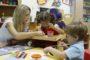 В Беларуси растет спрос на услуги няни и социальной передышки - Минтруда