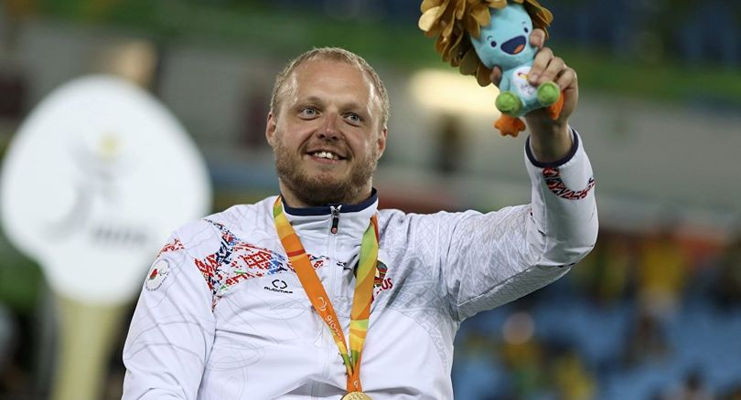 Обладатель золота Паралимпиады фехтовальщик Андрей Праневич: