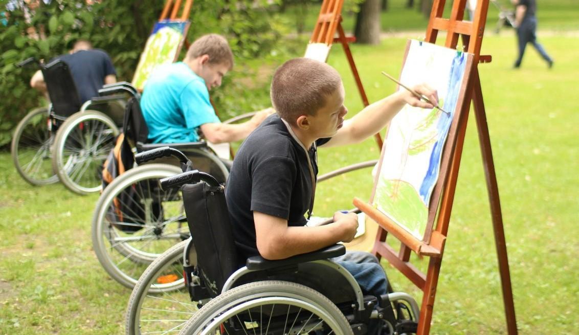 Выставка-конкурс работ художественного и декоративно-прикладного творчества инвалидов 2017