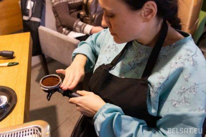 Анна Иванова единственная из участников курса, у кого есть работа. Но и она от новых знаний не отказывается