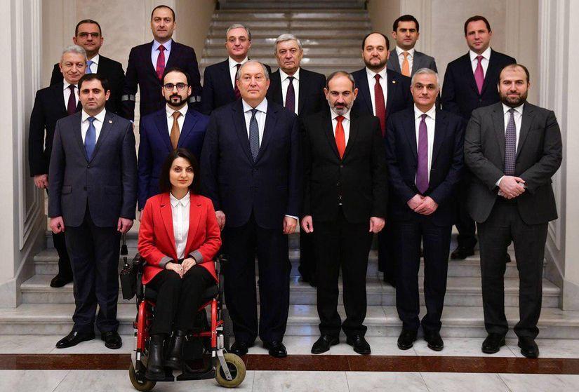 В новом правительстве Армении среди министров — инвалид-колясочница