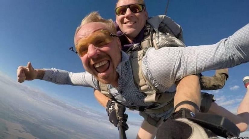 Доехал на хендбайке до Португалии и прыгнул с парашютом: как колясочник из Лиды помогает поверить в себя и изменить свою жизнь людям с инвалидностью