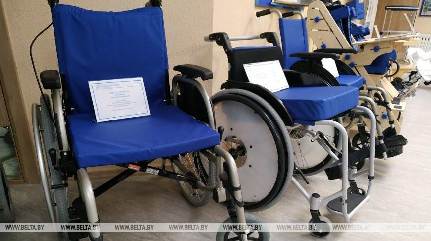 Узбекистан заинтересован в закупке инвалидных колясок у белорусского производителя