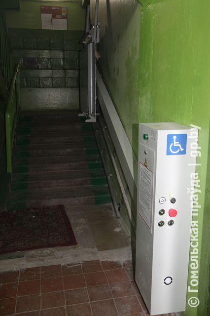 Подъемная платформа в доме № 7 на улице 60 лет СССР областного центра
