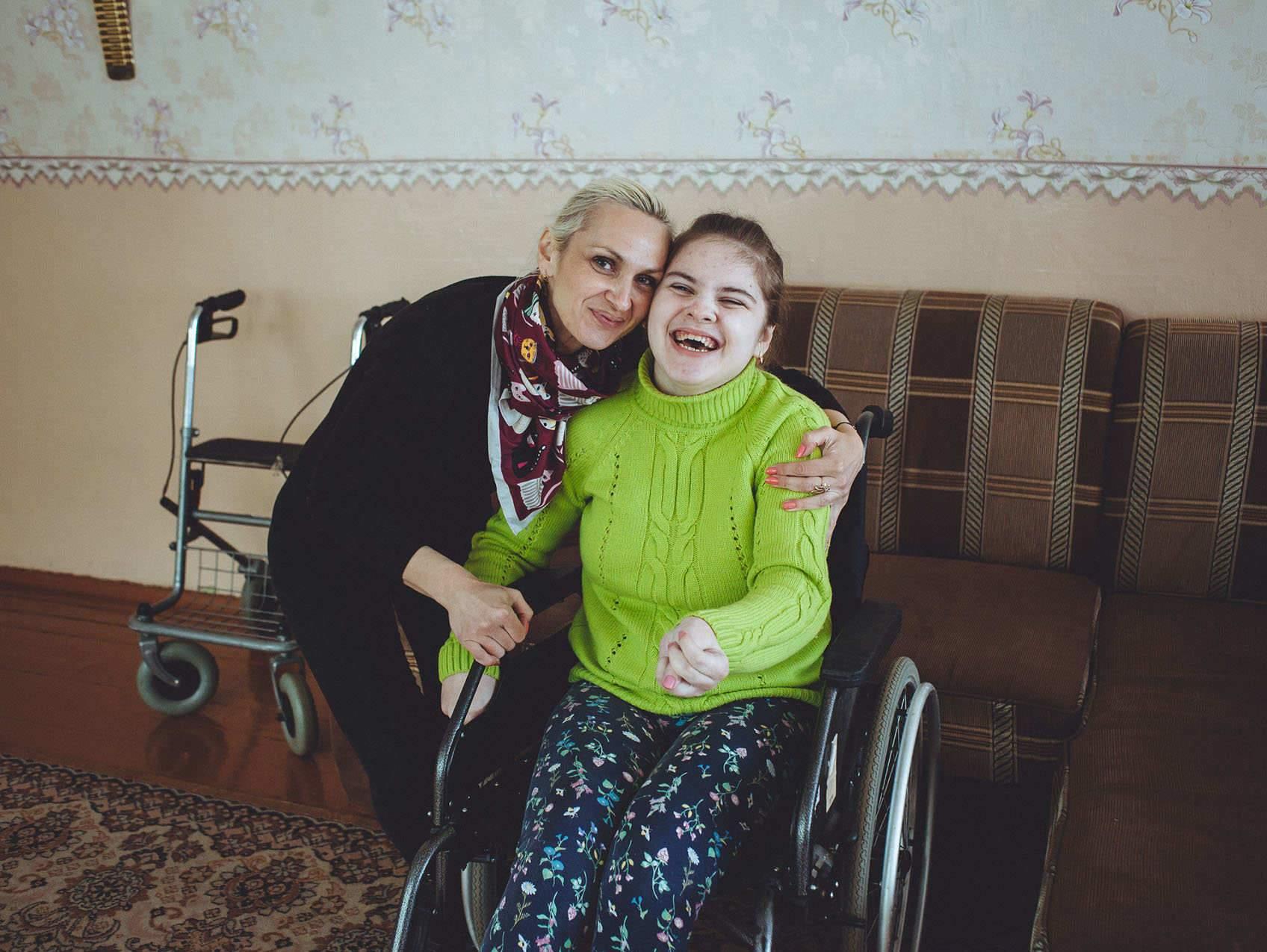 Верните нам «Радугу»! Власти Мозыря хотят закрыть уникальный реабилитационный центр для детей с инвалидностью — родители встали горой