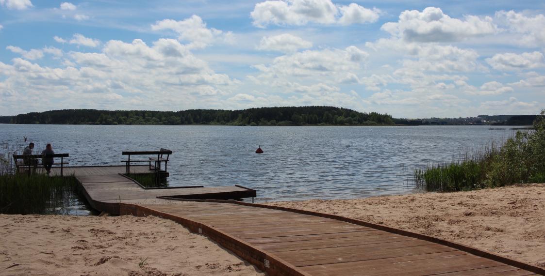 На Минском море появился первый в Беларуси инклюзивный пляж