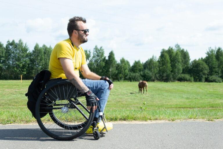 Активный и стильный отец на коляске. История Павла из Березино