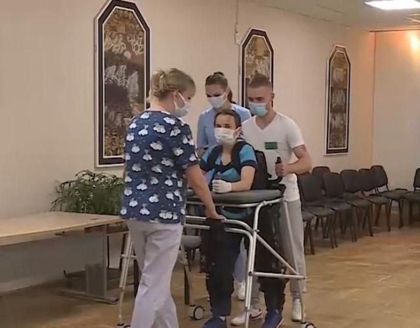 Первый в стране экзоскелет для реабилитации инвалидов-колясочников появился в Могилеве