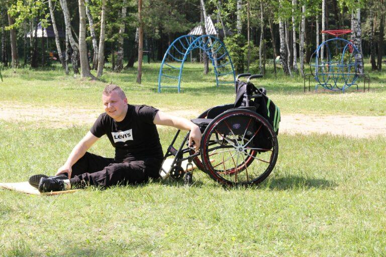Евгений Поплавский: «Передвигаться на инвалидной коляске не так страшно, как кажется в первые годы»