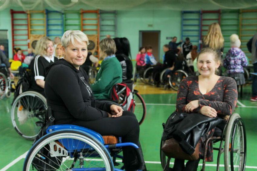Переломные моменты Елены Шкилёнок из Гомеля или о том, как жить в инвалидной коляске на полную катушку