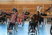 Если реабилитация, то активная: как в Минске прошел спортивный слет инвалидов-колясочников